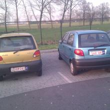 2 little cars